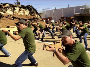 Tourists Become Israeli Commandos For A Day
